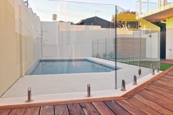 glass-pool-fencing-2