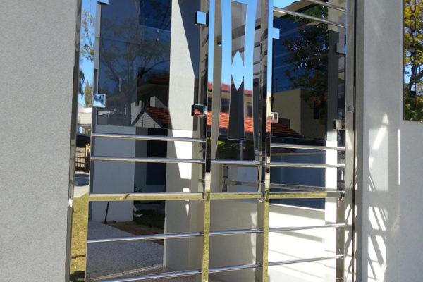 pedestrian-gates-9